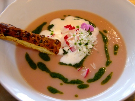 Radieschen Pesto Suppe